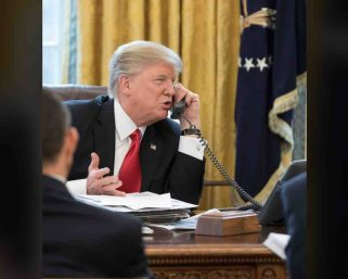 USPresident Donald Trump asks governors to consider reopening schools