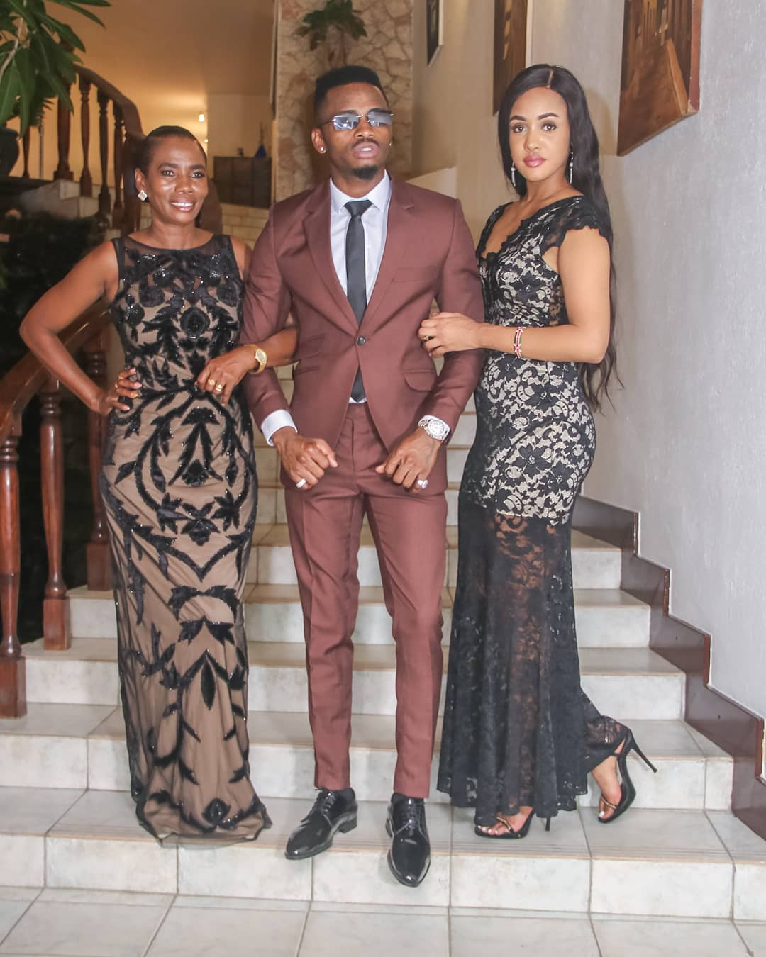 Diamond-Platnumz-with-Tanasha and his mother