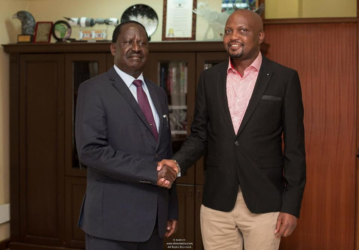 Kenyans attack Moses Kuria after claiming that Raila fired KNH chair