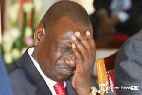 shame as William Ruto gets locked out of State House by Uhuru Kenyatta