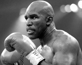 The Champ is back!Evander Holyfield Will Return to Boxing
