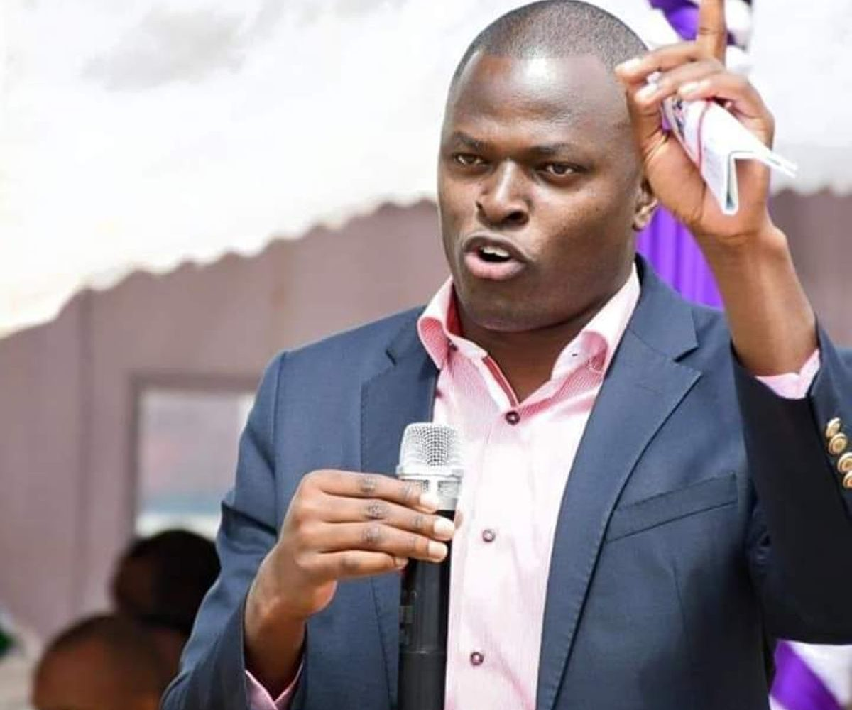 Uhuru Kenyatta to fire half of the cabinet next-Ndindi Nyoro