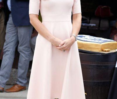 The-Duke-Duchess-Of-Cambridge-Visits-Cornwall in wedges