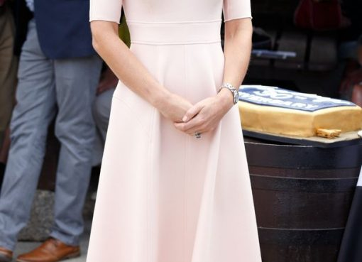 The-Duke-Duchess-Of-Cambridge-Visits-Cornwall in wedges