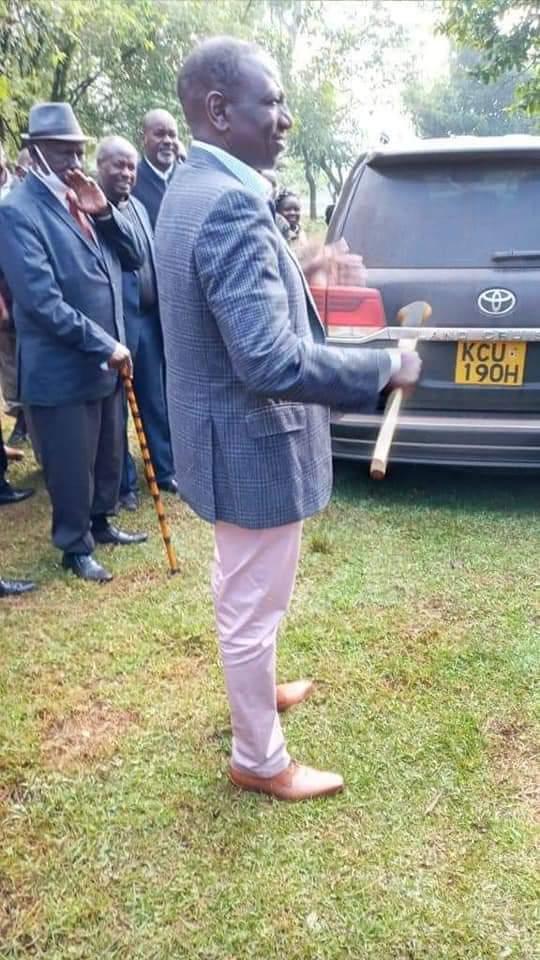 Uhuru's hidden hand in Ruto's trouble with Kalenjin elders revealed