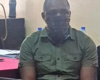 Boniface Mwangi arrested!