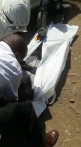 The late being put inside a body bag